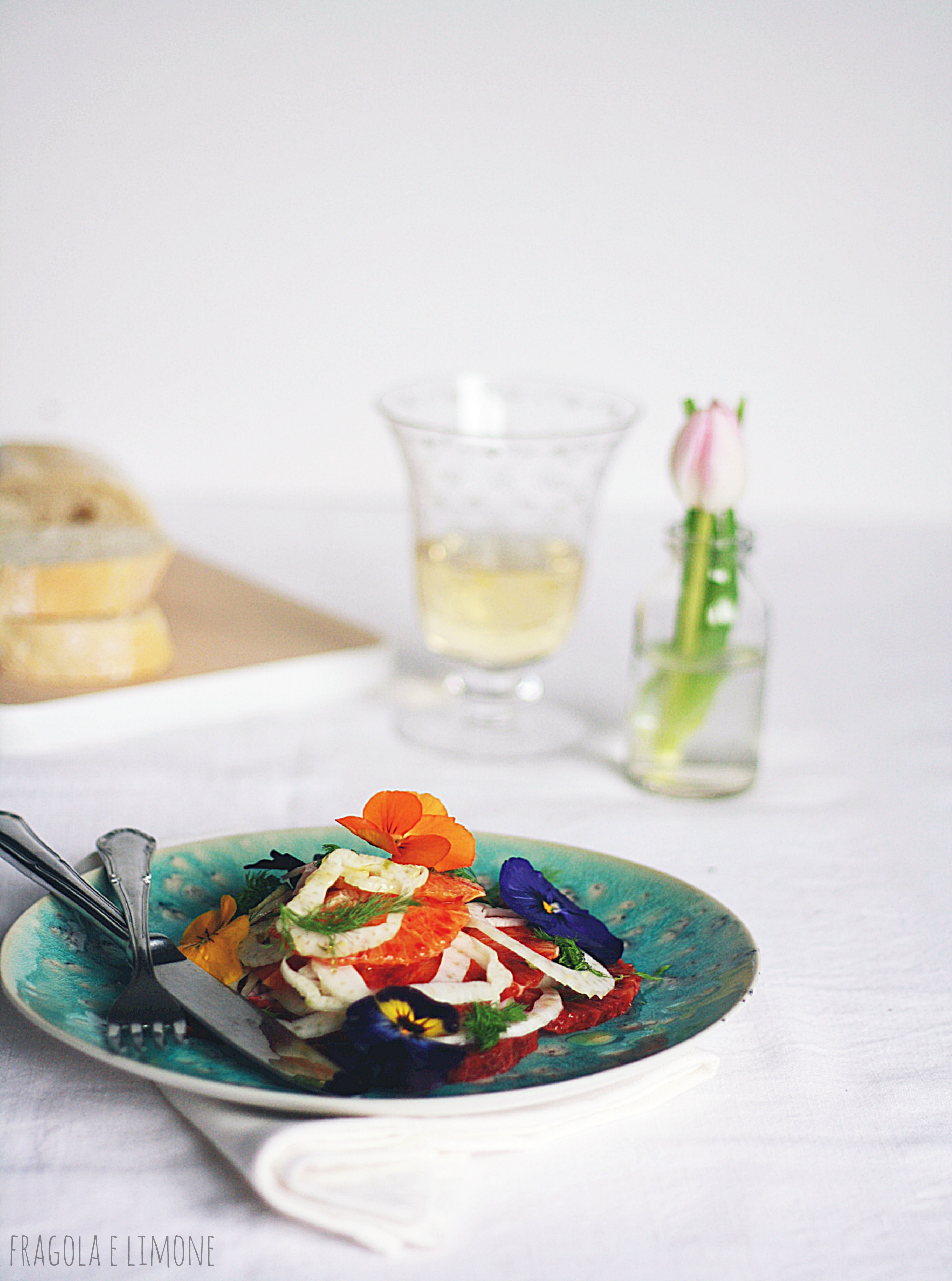 insalata di finocchi, arance e fiori
