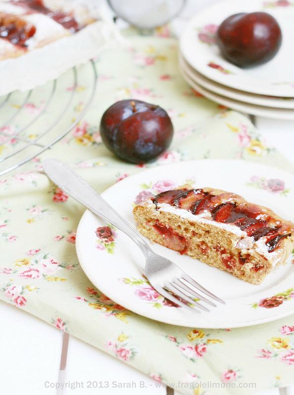 torta soffice di prugne