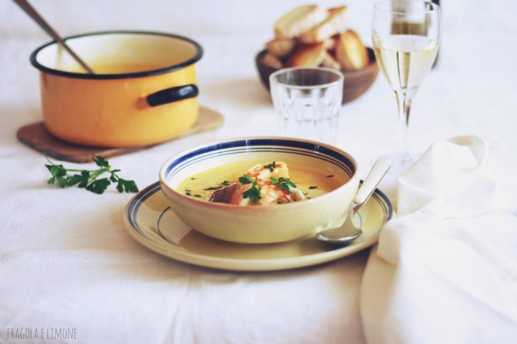 zuppa di pesce orizzontale