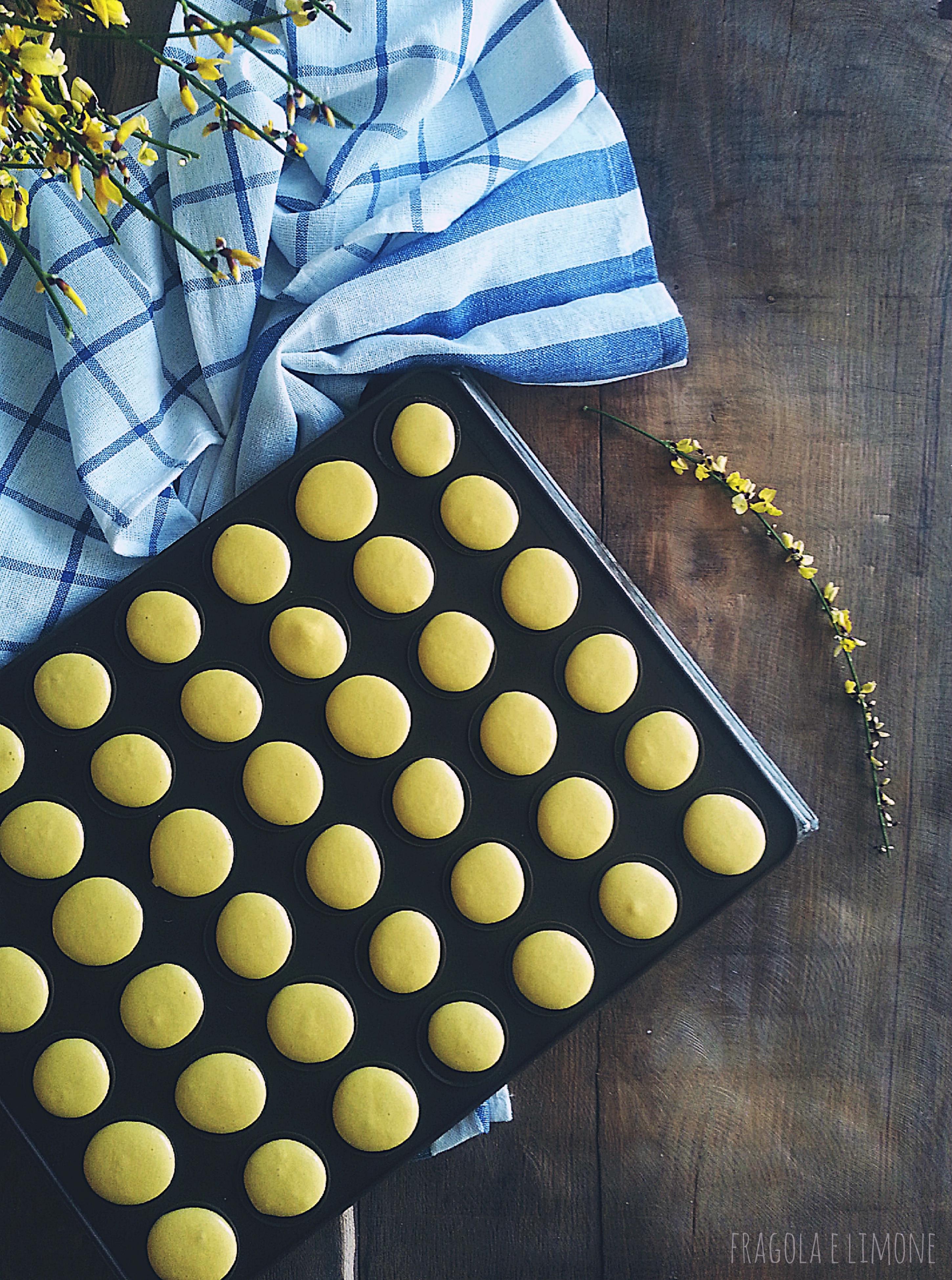 macaron al limone crudi